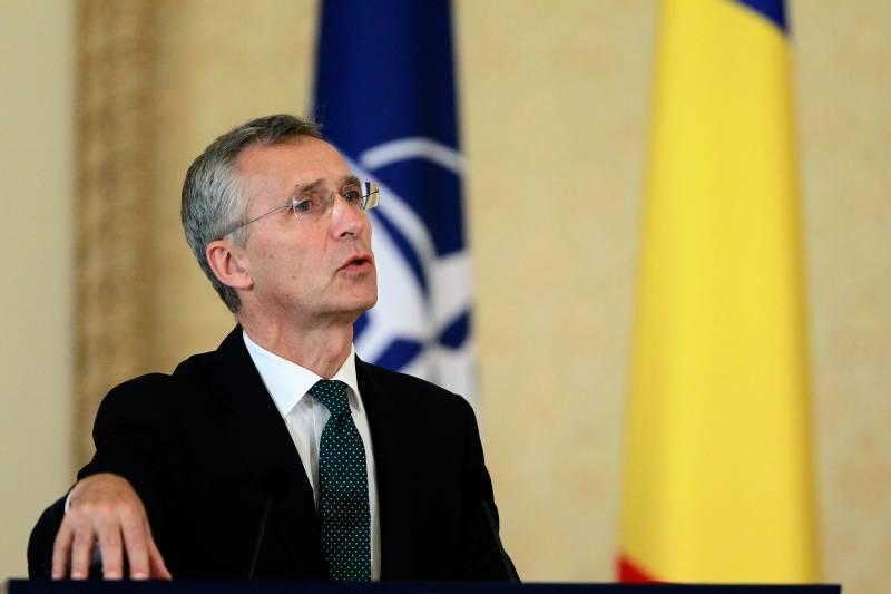 НАТО не стремится к холодной войне с Россией, заявил Столтенберг