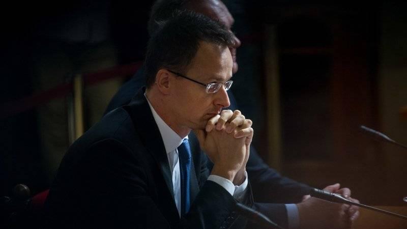Вперед, к пещерам: Венгрия в бешенстве от украинского закона об образовании
