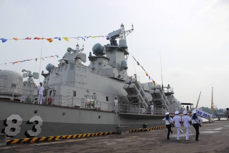 Вьетнам построил еще два ракетных катера проекта 12418