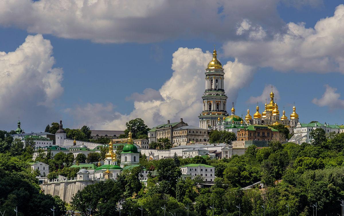 Настоятель Киево-Печерской лавры получает угрозы о захвате  монастыря 14-17 октября