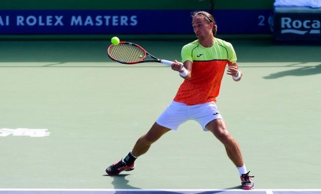 Долгополов вышел в третий круг турнира в Шанхае, где сразится с Федерером
