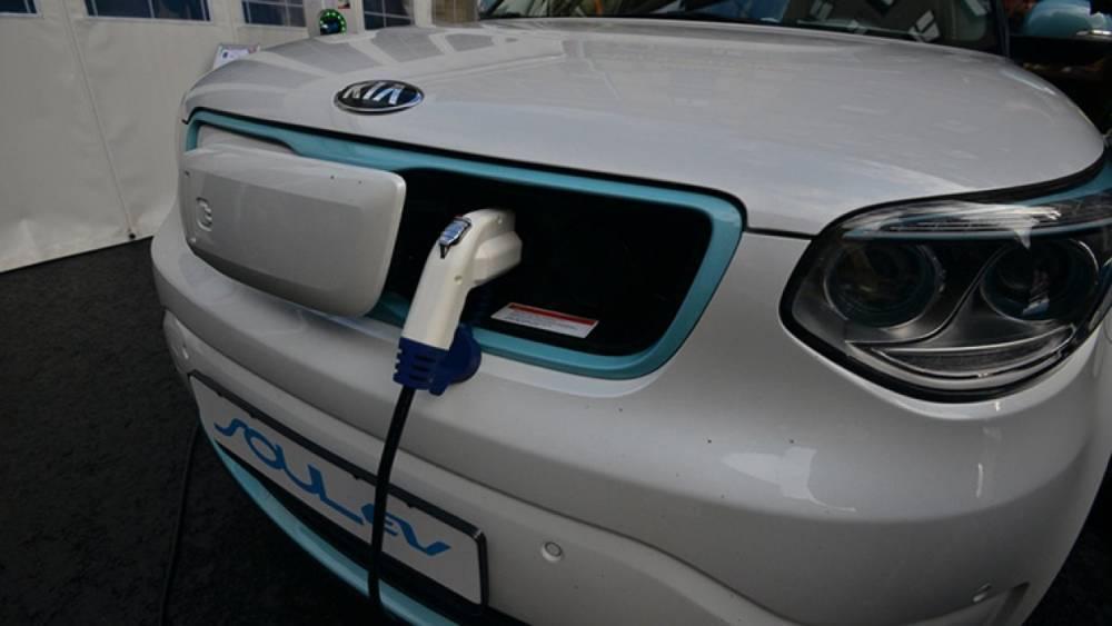 Эксперт предупредил об опасности электромобилей для мировой экономики