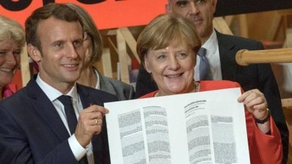 Немцы предпочитают бумажные книги и покупают их в магазинах! Е-буки и интернет-магазины далеко позади