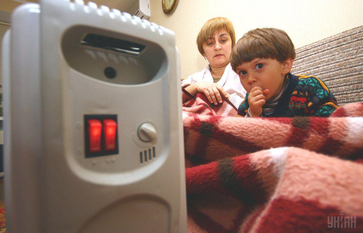 В киевские больницы и детсады начали подавать тепло
