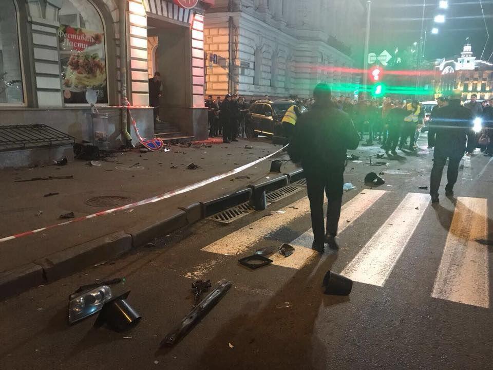 Полиция назвала имена части погибших в ДТП в Харькове