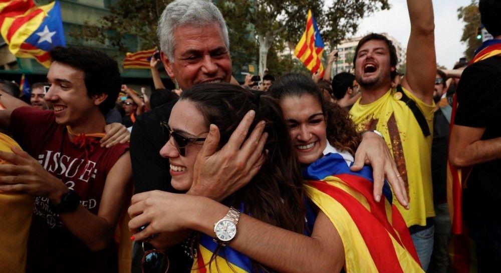 На фоне кризиса в Каталонии аптеки стали продавать меньше презервативов, больше успокоительного