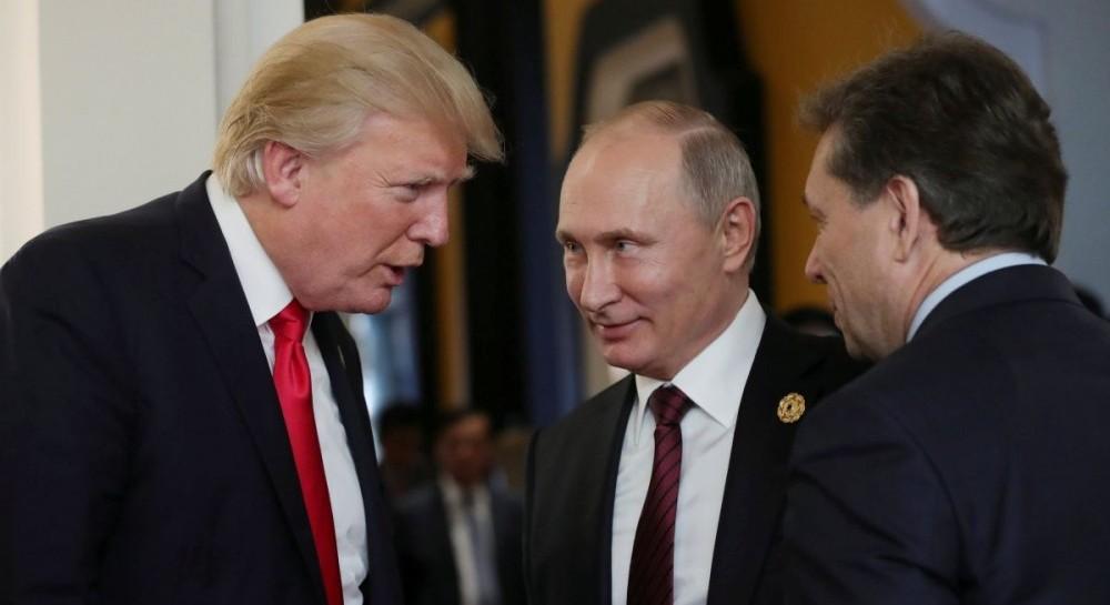 Бывшие руководители разведки США считают, что Путин может манипулировать Трампом