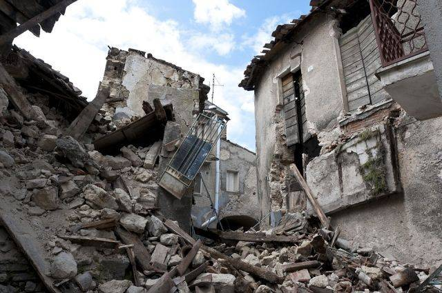 Число погибших при землетрясении в Иране возросло до 93