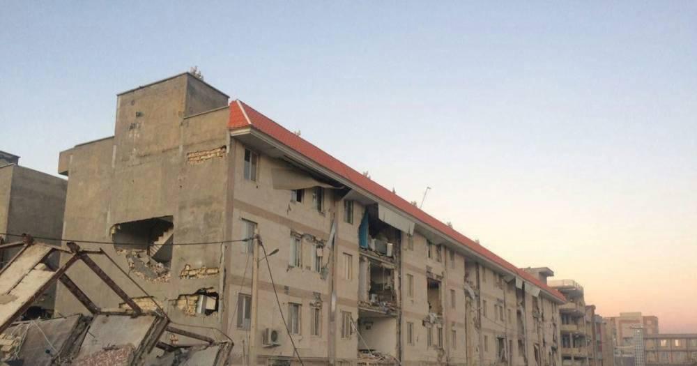 Число пострадавших при землетрясении в Иране достигло две с половиной тысячи
