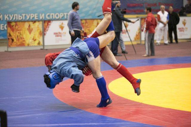 Россияне 27-й раз подряд выиграли общекомандный зачет ЧМ по самбо