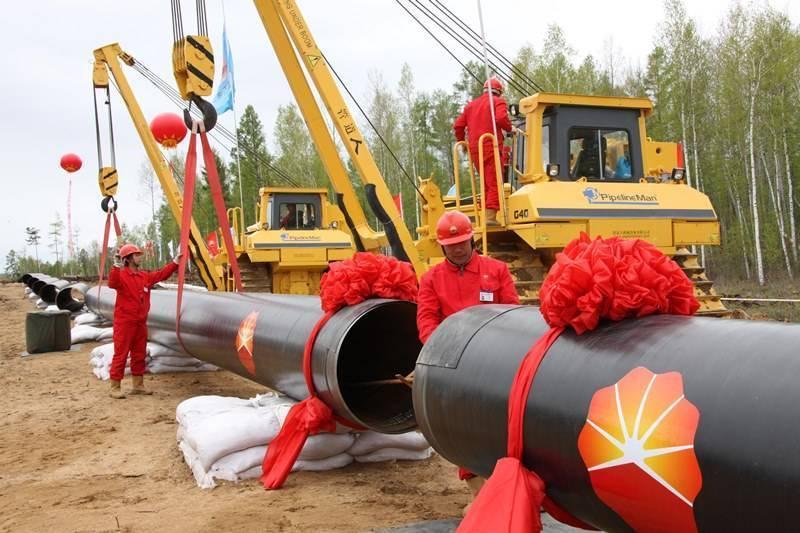 Китай завершил строительство второй нитки нефтепровода для поставок российского сырья