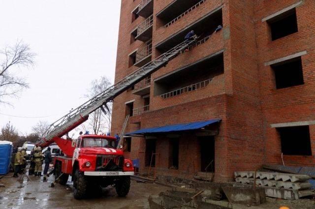 МЧС: при обрушении в доме в Саранске погибли три человека