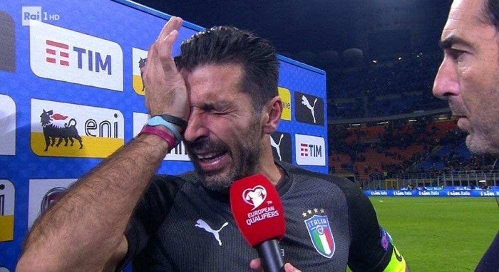 Легендарный голкипер Буффон завершил карьеру в сборной Италии