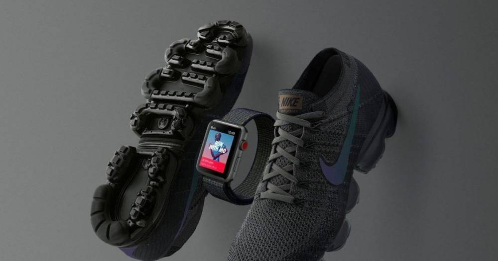 """NIKE представила """"заряженную"""" версию смарт-часов от Apple"""