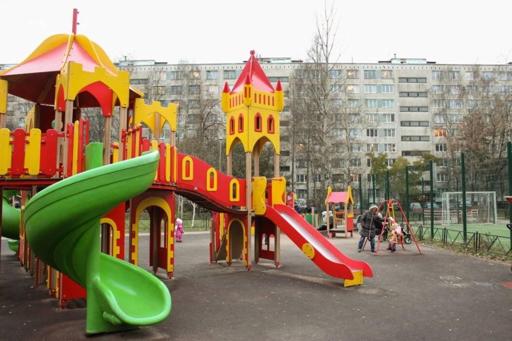 Почти 700 дворов Подмосковья будут благоустроены в 2018 году