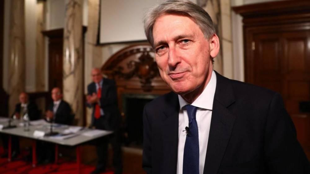 Инфляция растет, популярность канцлера падает