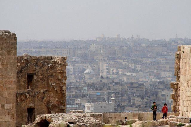 В Сирии завершено разминирование города Дейр-эз-Зор