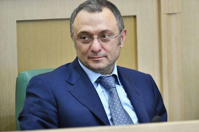 Суд запретил Керимову покидать Францию