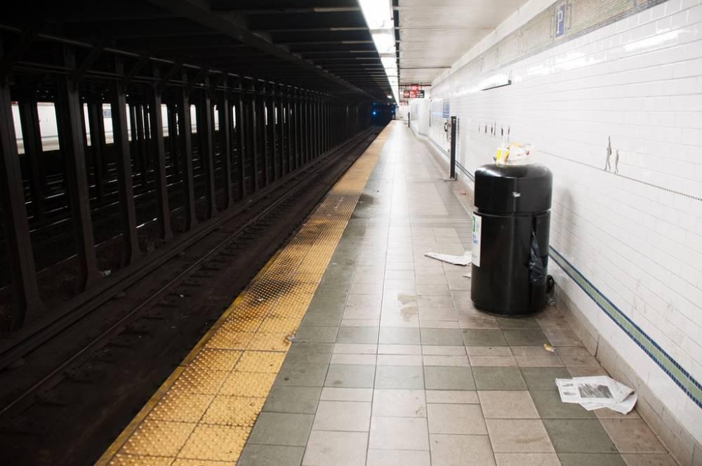 MTA продает использованный мусорный бак за $300