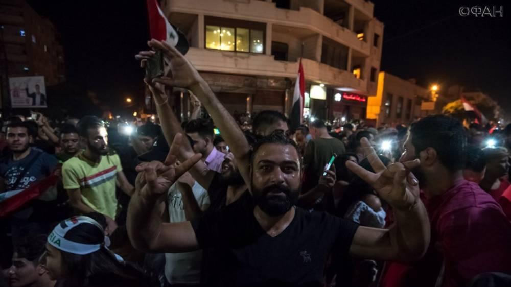 Сирия: мирные жители возвращаются в свои дома в Хомсе