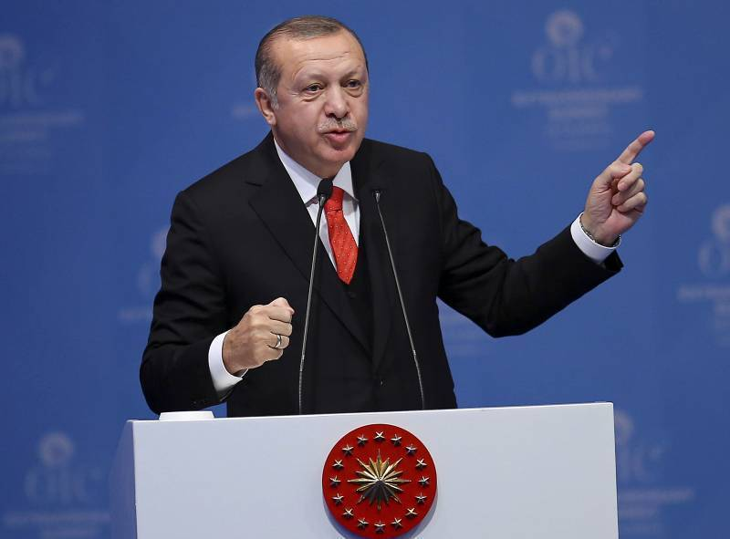 Трампу не следовало принимать решение по Иерусалиму, не посоветовавшись с Анкарой, заявил Эрдоган