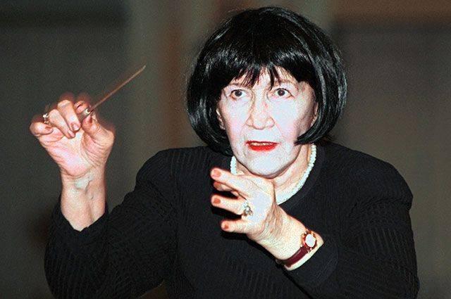 Дирижер Вероника Дударова. Досье