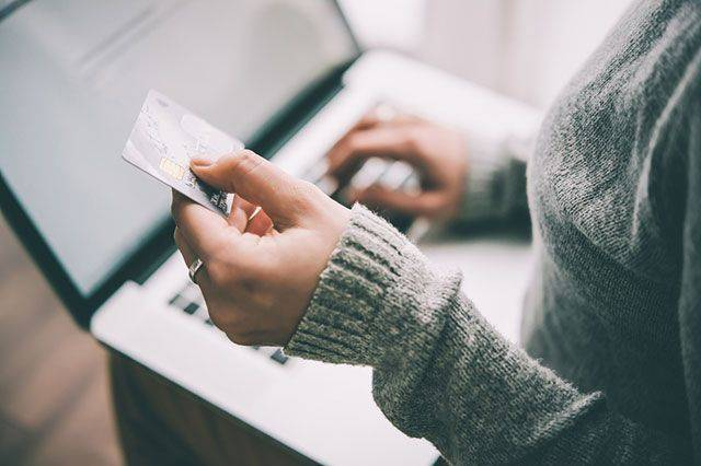 В чем суть новых правил оформления покупок в зарубежных интернет-магазинах?