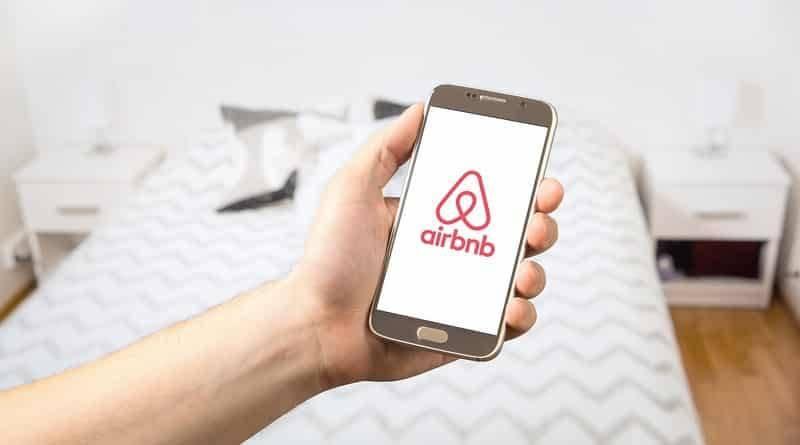 Гости, снимающие жилье на Airbnb, стали находить скрытые камеры