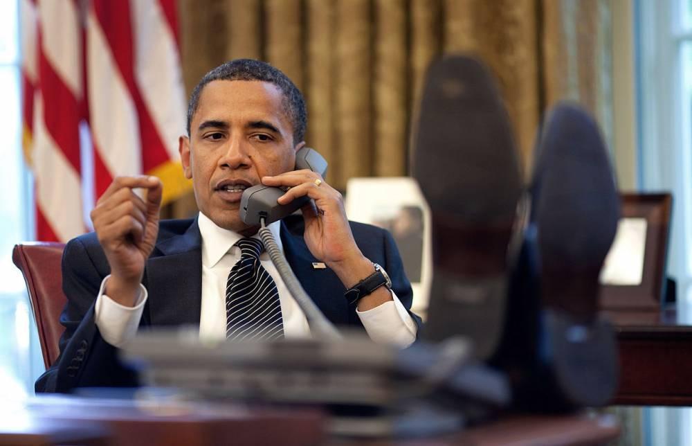 Обама обогнал Трампа: битва твитов президентов