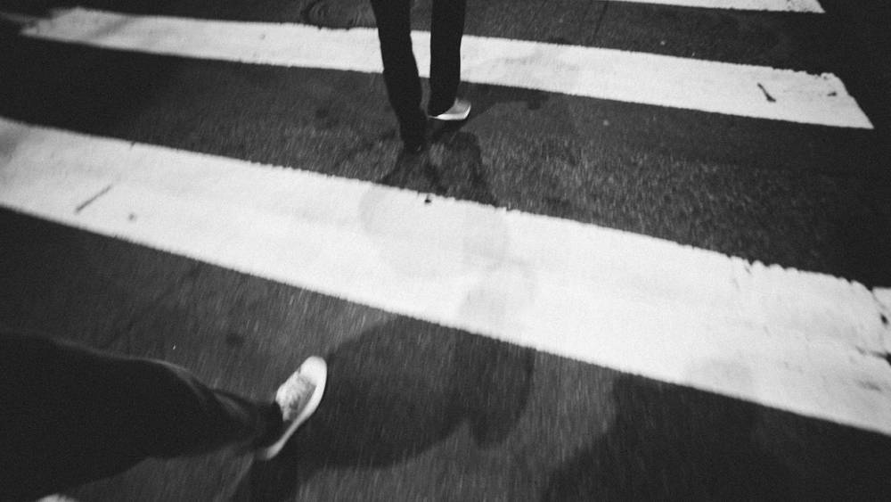 Приморскую школьницу сбили на пешеходном переходе по пути на уроки