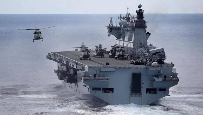 """Бразильские ВМС пополнятся британским вертолетоносцем """"Ocean"""""""