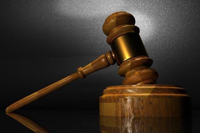 Суд в Польше оправдал обвиняемого в поджоге будки охраны посольства РФ