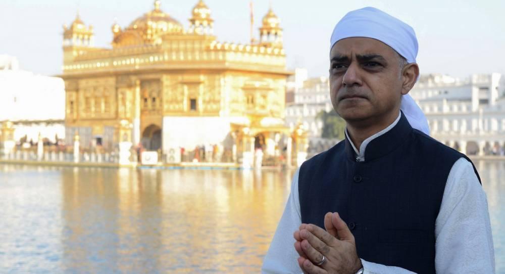 Мэр Лондона призвал британское правительство извиниться за резню в Индии