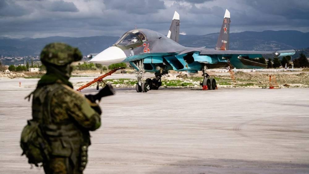 Журналисты посетили авиабазу ВКС РФ «Хмеймим» в Сирии и кварталы Алеппо, где идут строительные работы