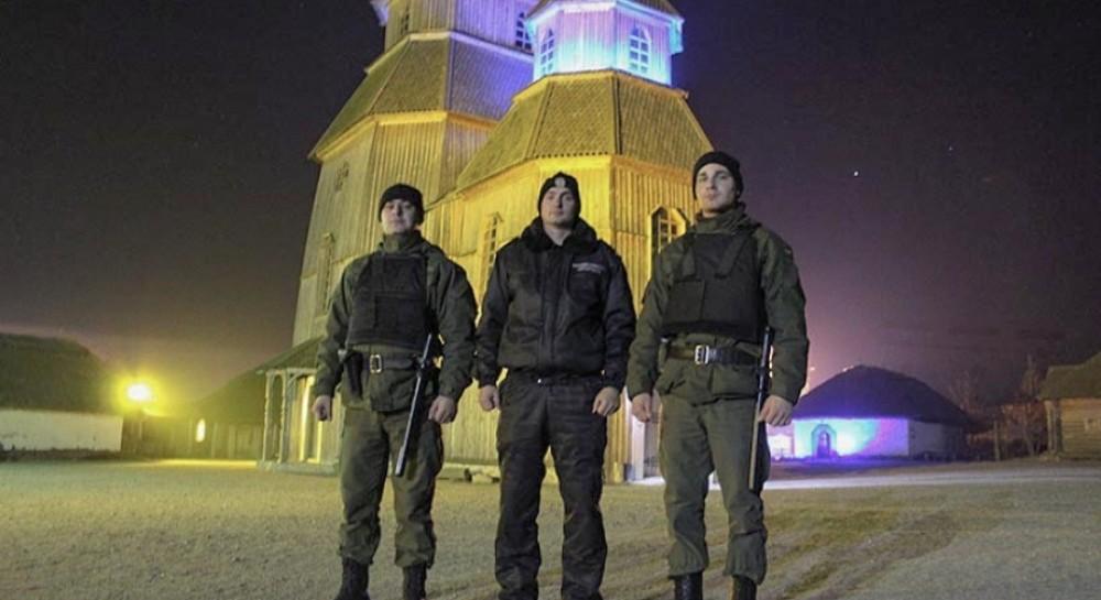 """Нацгвардия будет усиленно охранять """"Запорожскую Сечь"""" и храмы Запорожья"""