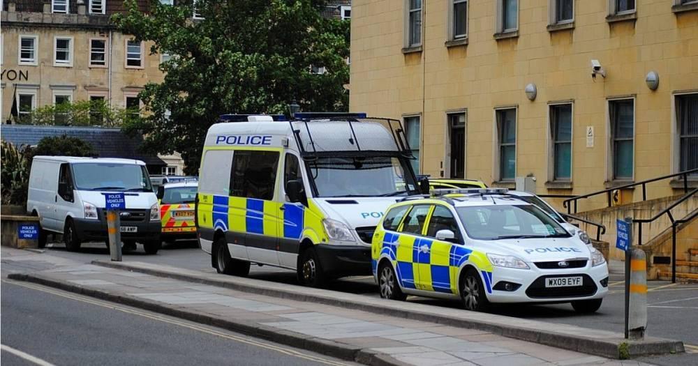 Полиция разыскивает подозреваемого в убийстве мужчину