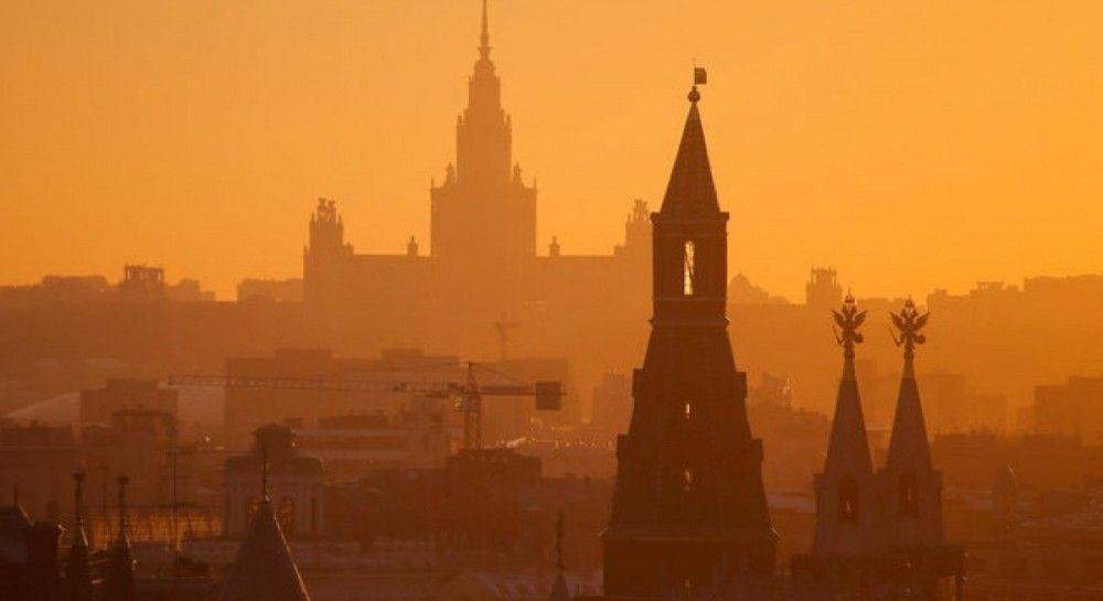 """""""Люди друг друга убивают, есть нечего"""": политолог рассказал, что сейчас россияне думают об Украине"""