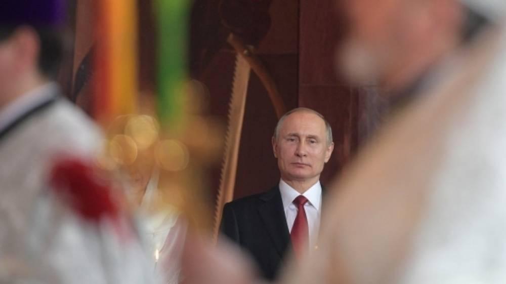 Путин сравнил тело Ленина в мавзолее с хранилищем мощей