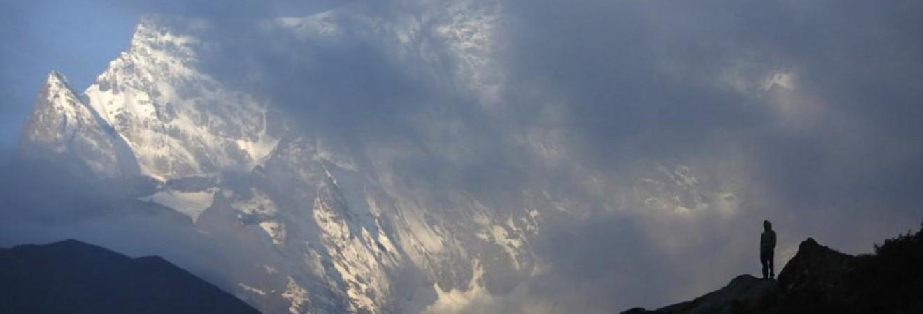 Спасатели предупредили о лавинной опасности в Карпатах