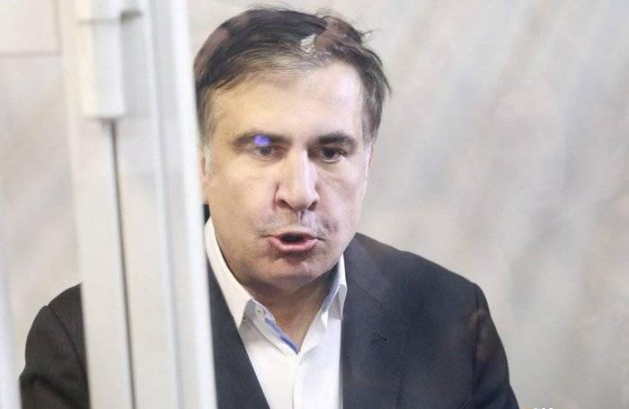 Саакашвили дали три года. Пока заочно