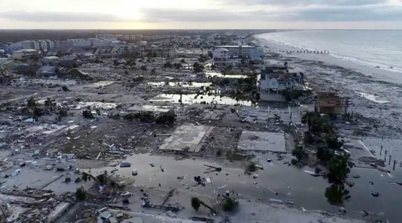 Ураган «Майкл»: уже 12 погибших, 1,5 млн домов — без электричества