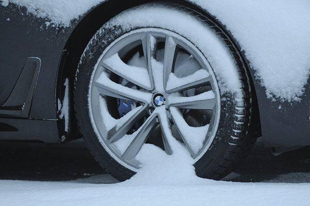 Почему зимние шины не рекомендуется ставить на литые диски?