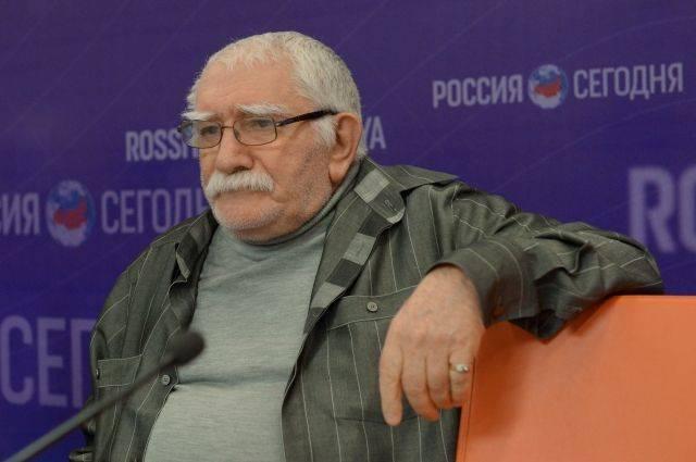 Армен Джигарханян доставлен в одну из больниц Москвы