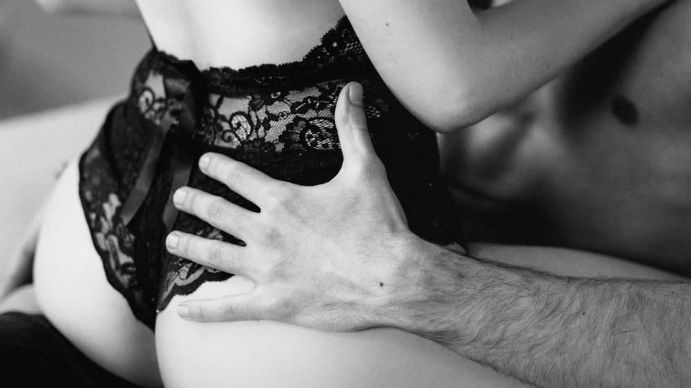 Ученые рассказали о проблемах в сексе у порноактеров