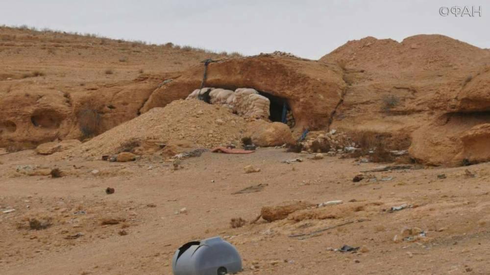 Сирия: террористы ИГИЛ захватили в заложники 130 семей из лагеря беженцев на Евфрате