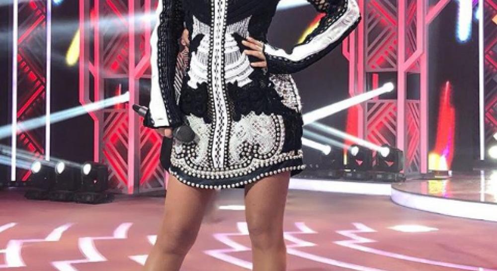 Ани Лорак спела в российском городе песню про Вакулу и нарвалась на волну критики