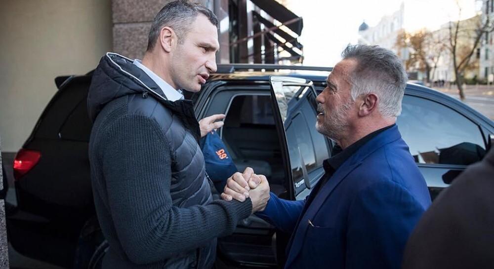 Шварценеггер в Киеве встретился с Кличко и пообещал вернуться