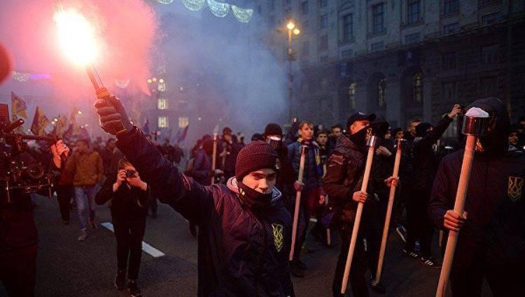 День УПА: украинские националисты начали марш в Киеве