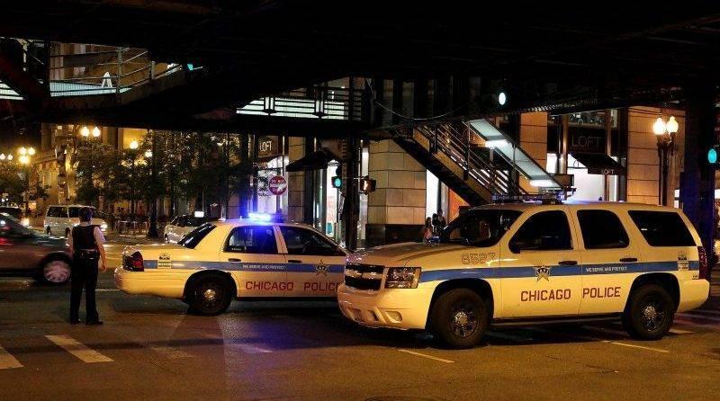 Чикагский офицер выстрелил в безоружного подростка с ограниченными возможностями (видео)