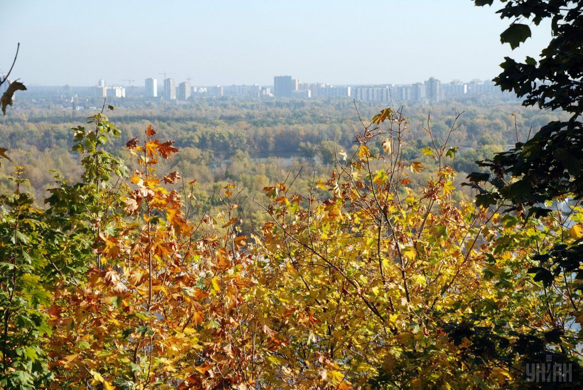 Погода на сегодня: в Украине без осадков, температура до +25°